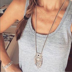 stella and dot chiara pendant neckalce
